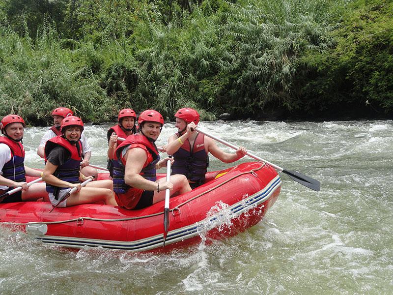 White Water Rafting in Sri Lanka | Kitulgala White Water Rafting